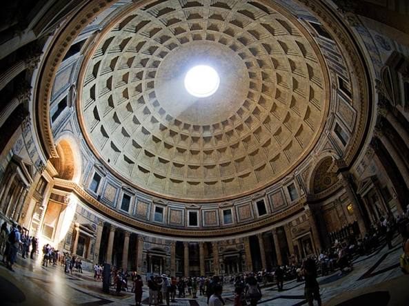 L'interno del Pantheon