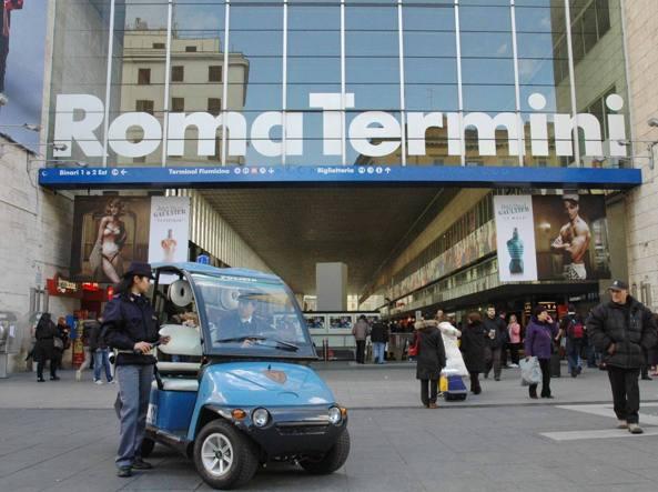 Si allontana da casa famiglia ritrovato a termini bimbo for Uffici temporanei roma termini