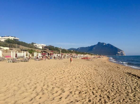 Matrimonio Spiaggia Sabaudia : Sabaudia le dune contese e la storica vittoria dei proprietari vip