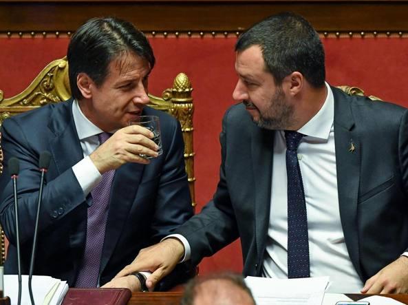 Migranti, Conte e Salvini: 'Redistribuzione Ue o 450 non sbarcano'