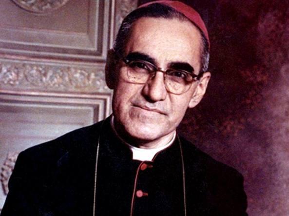 Papa: proclamati santi Paolo VI e Oscar Arnulfo Romero
