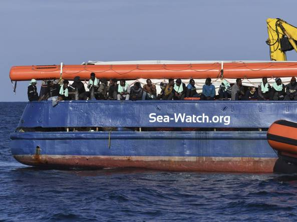 Migranti: SeaWatch,fu sequestro persona