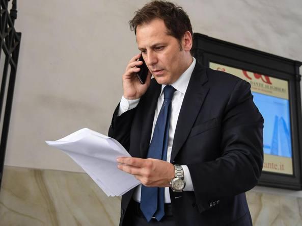 Conte ha incontrato Siri: attesa per oggi la decisione sull'indagato