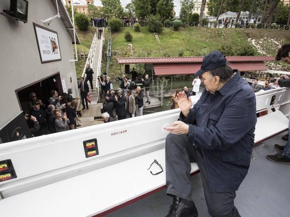 Storie Italiane, Galeazzi in lacrime per la telefonata di Mara Venier