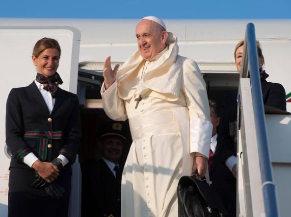Papa in Mozambico, pace è pietra miliare