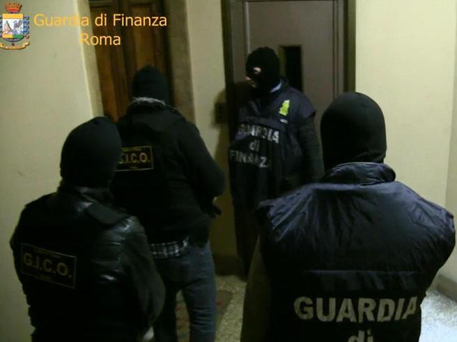 Roma, operazione antidroga Grande Raccordo Criminale: 51 arresti