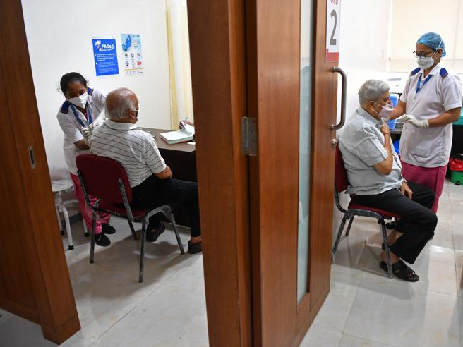 Covid: nel Lazio oltre 1500 casi, nuova stretta su Frosinone