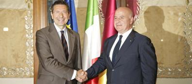 Liporace e il sindaco Marino (foto Jpeg)