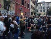 Una precedente assemblea in piazza al Pigneto