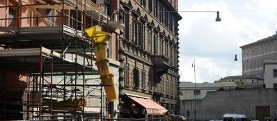 Lavori in via Vespasiano (Jpeg Fotoservizi)