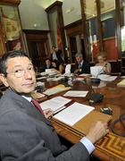 Il sindaco Marino presiede la riunione di giunta (Jpeg)