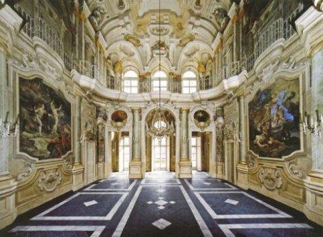 L'interno di Palazzo Reale a Torino