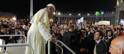 Il Papa con il sindaco Marino in San Pietro