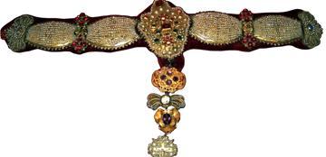 Collana di perle del 1706 con perle, oro, argento, pietre preziose