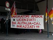 I lavoratori della Argol alla protesta del 22 novembre