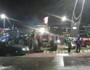 Il movimento dei forconi domenica notte sulla Pontina (foto Marangon)