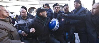 I Forconi a Montecitorio (Jpeg Fotoservizi)