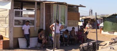Una baracca in un campo rom della Capitale (Proto)