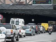 Caos traffico a Roma (Ansa)