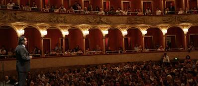 Muti sul palco del Teatro dell'Opera di Roma