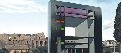 Il monumento «abusivo» eretto al Circo Massimo (Jpeg)
