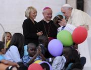 Mons Paglia con il Papa