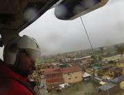 L'elicottero dei Vigili del Fuoco sorvola il Lazio (Ansa)