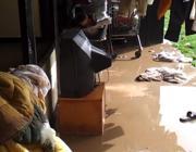 Alloggi devastati dopo l'inondazione (Ansa)