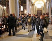 i manifestanti nella Basilica (Ansa)