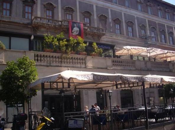 Terrazza Barberini, ristorante chiuso per gravi carenze igieniche ...
