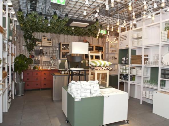 Riciclata «nomade» o su misura le cucine ikea arrivano in centro
