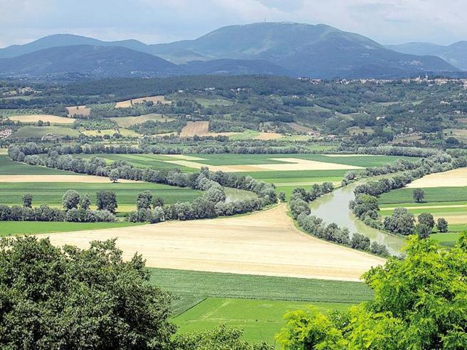 Metano dai rifiuti nella valle del Tevere: il no degli abitanti