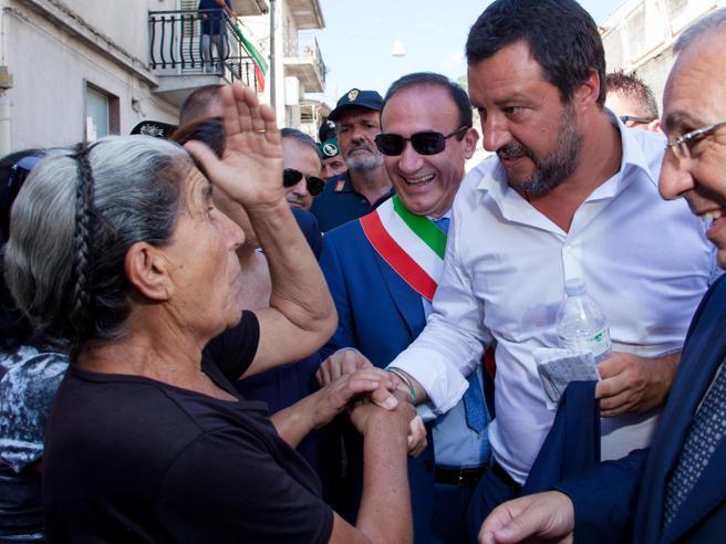 Matteo Salvini a San Luca: l'Italia starà meglio senza mafia Video