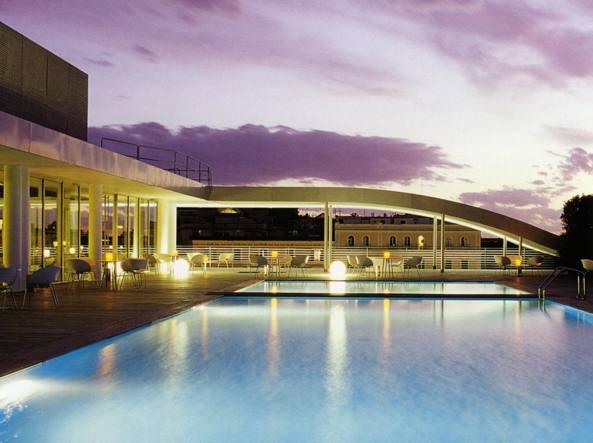 Roma, sequestro all\'Hotel Radisson Blu: evasa la tassa di soggiorno ...