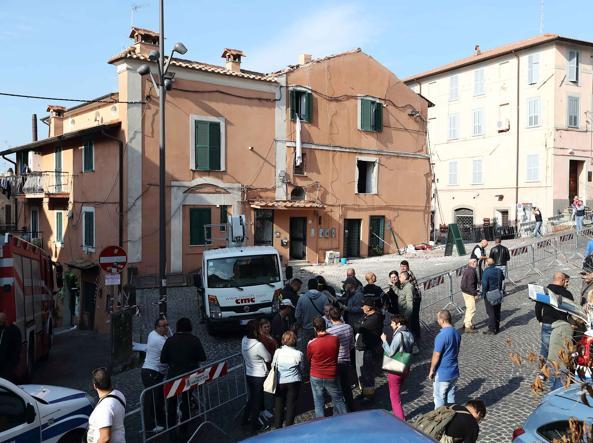 Genzano scoppio e terrore in centro erano tornati dal ristorante - Ristorante la finestra padova ...