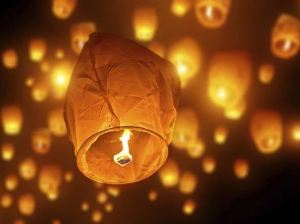 Lampade Cinesi Di Carta.Allarme Lanterne Di Capodanno Pericolose Per Boschi E