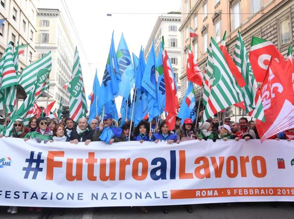 Risultati immagini per manifestazione dei sindacati a roma ieri immagine?