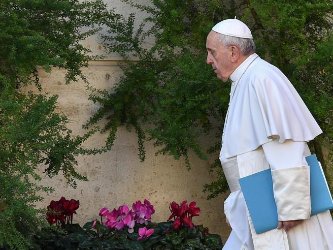 Il Papa al summit della  pedofilia: «Non bastano condanne scontate, servono misure concrete»