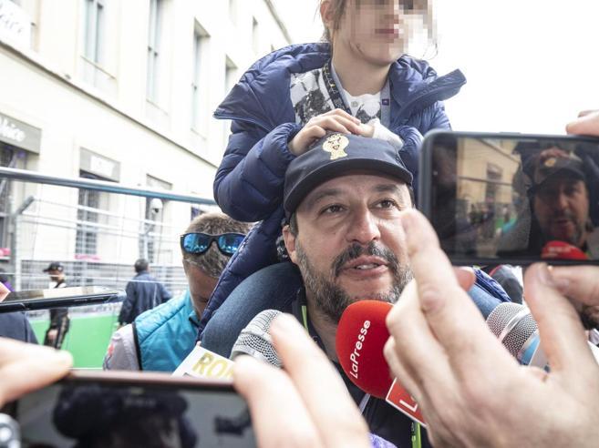 Formula E,  lite Salvini-Raggi:«Roma mai così sporca»«Si occupi della sicurezza»