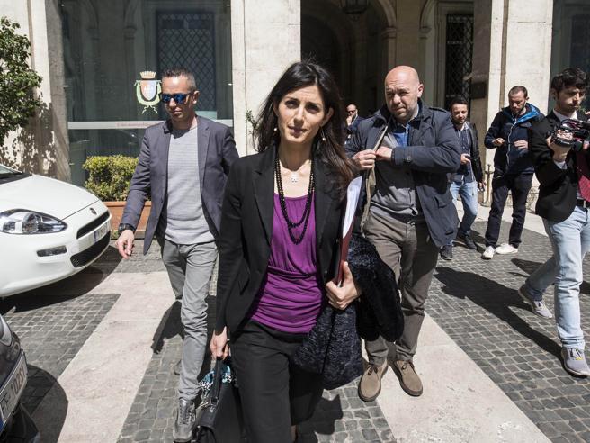 Stadio della Roma, nuove indagini su Virginia Raggi. Il gip: «Non si deve archiviare»