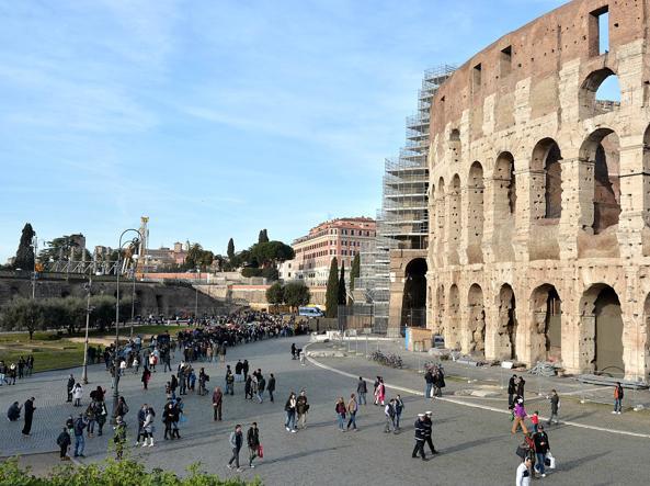Roma, turisti e tassa di soggiorno alle stelle: «Servizi ...