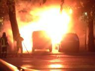 Salario, dà fuoco a 3 auto con una bottiglia di grappa: arrestato
