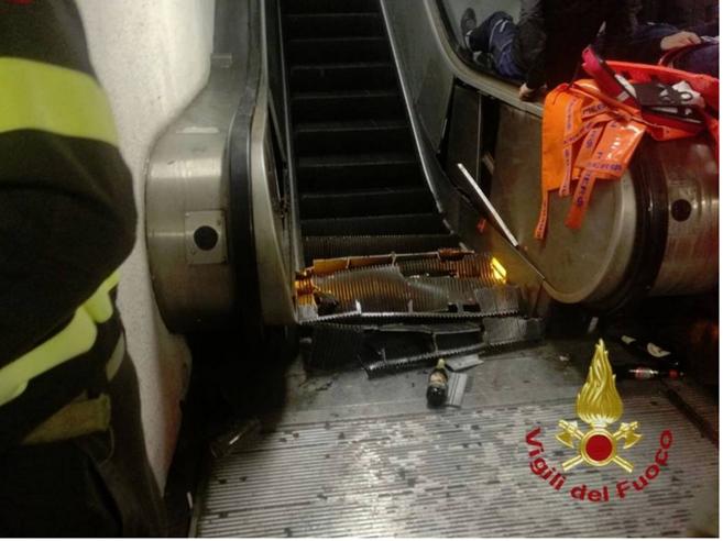 Roma, metro Repubblica chiusa per 8 mesi: arrestati 4 dipendenti