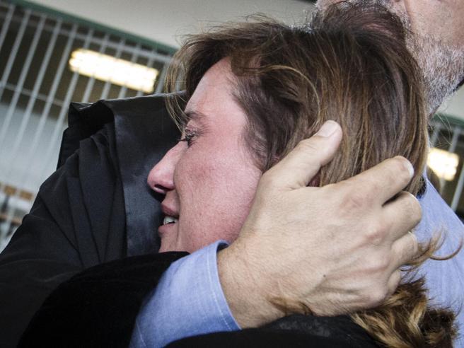 Sentenza Cucchi, fu omicidio: 12 anni ai carabinieri che lo picchiarono