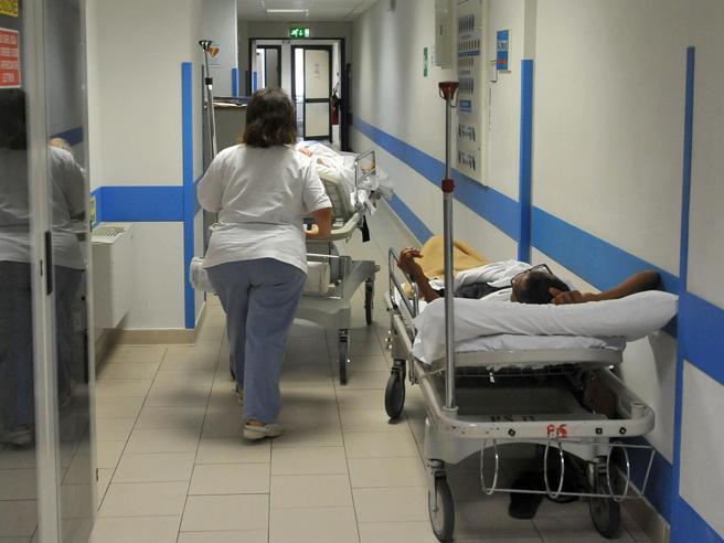 Dimesso dall'ospedale Cristo Re 54enne muore nel sonno a Roma
