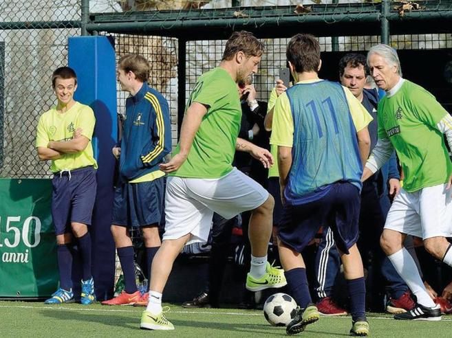 Lazio, via libera agli sport di squadra Calcetto, boxe e basket: si ricomincia