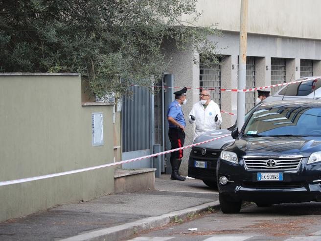 Roma, presunto ladro ucciso all'Eur Indagato il carabiniere che ha sparato
