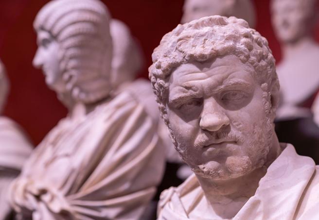 Torlonia, i marmi mai visti: 92 capolavori in mostra a Villa Caffarelli