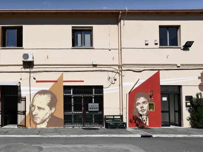 Cantieri San Paolo, la street art gioca a basket e va al cinema: 6 nuove opere