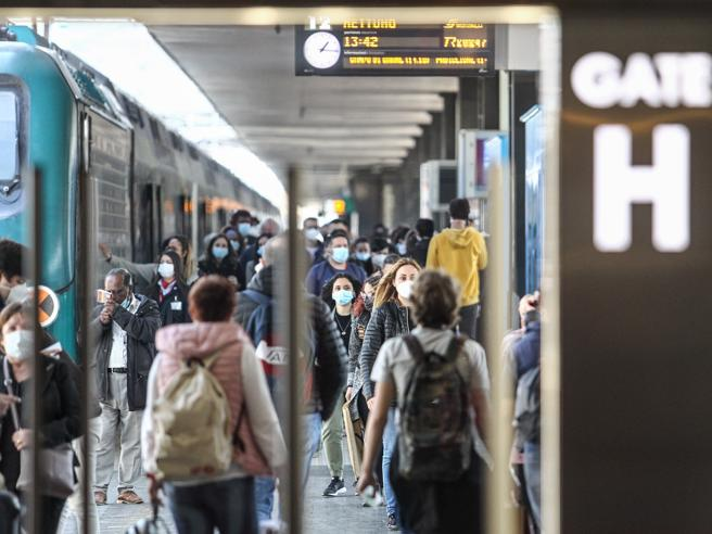 Roma-Milano: al via dal 16 aprile i primi treni Covid free